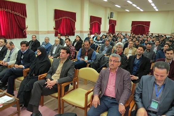 رئیس دانشگاه آزاد اسلامی ساوه: مهندسی صنایع بر بهینهسازی، نگاه سیستمی و الگو گرفتن از نخبگان تاکید دارد.